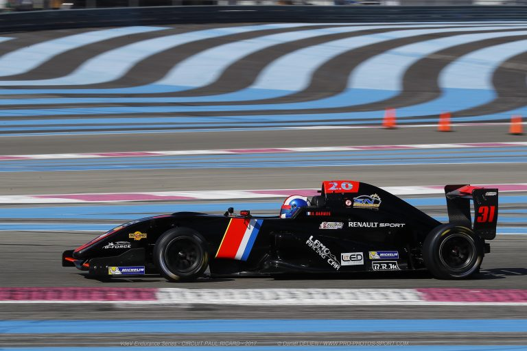 CHALLENGE-MONOPLACE on the circuit PAUL-RICARD-