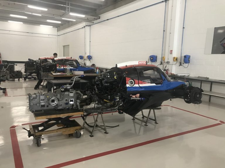 GRAFF Racing – Atelier de preparation des prototypes LMP3 et LMP2