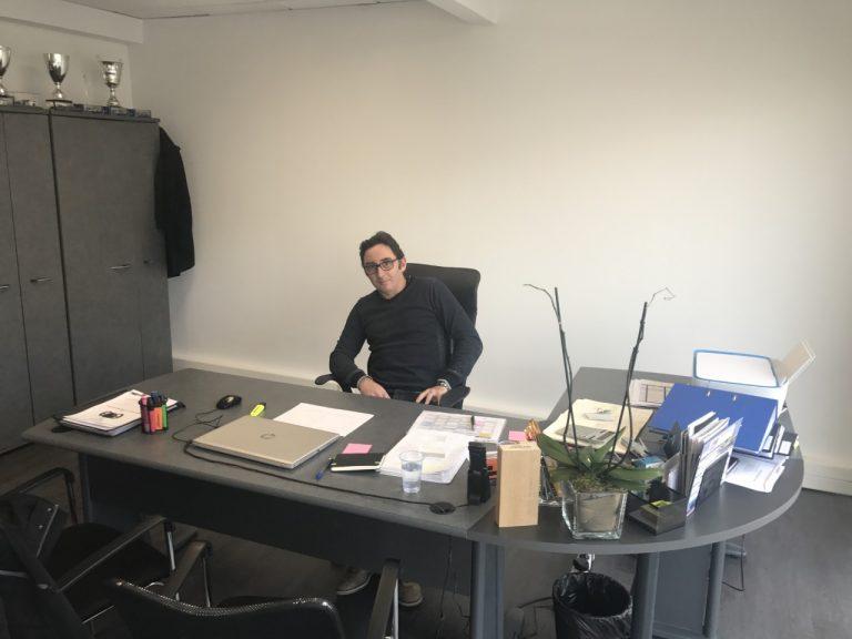 GRAFF-Racing- PASCAL RAUTURIER dans son bureau